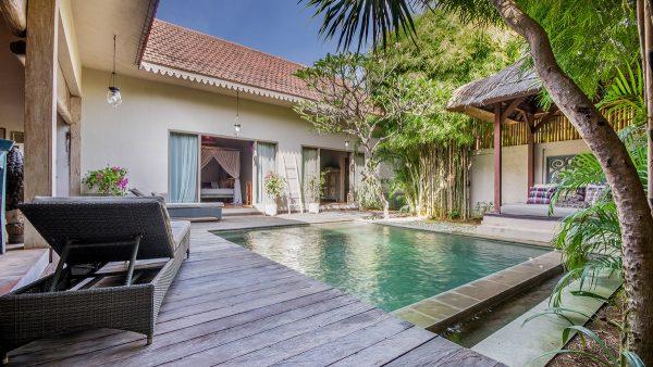 best beach villas seminyak - villa zenitude