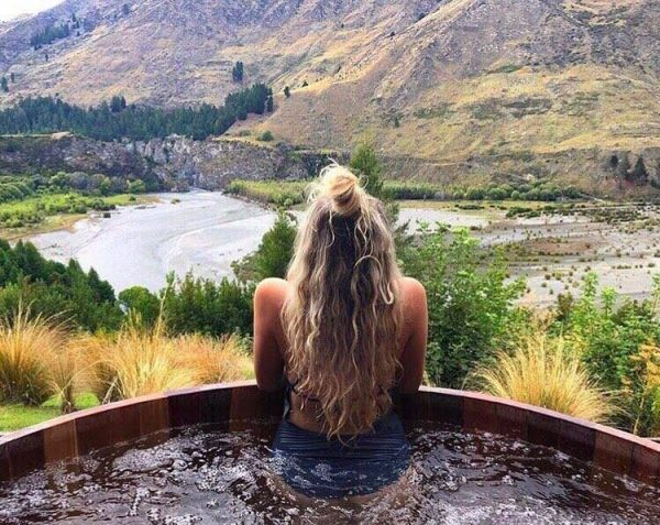 things to do in queenstown new zealand - this is a view to die for. no joke.