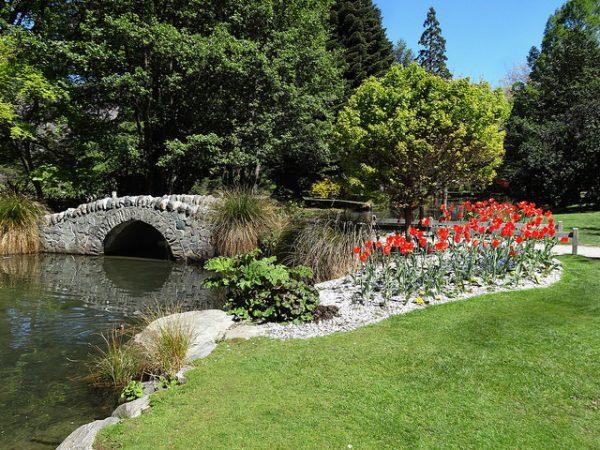 Must-do activities in Queenstown, New Zealand - Queenstown gardens