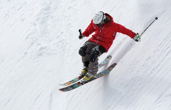 Skiing - What to do in Queenstown New Zealand