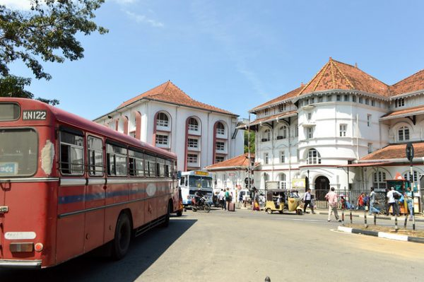 Buses in Sri Lanka