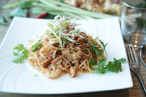 Pad thai- what to eat in Koh Samui