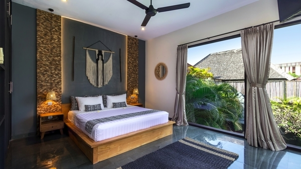 cheap villas in seminyak - villa sundari