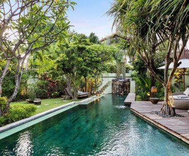 best seminyak villas near beach