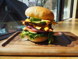 burger-hakuba-dining