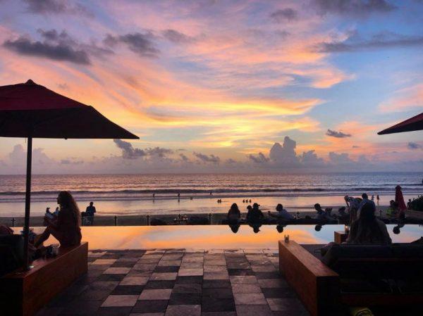 Kayu Aya Beach Seminyak: KU DE TA Beach Club