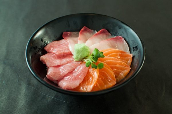 sashimi bowl - where to eat in Niseko